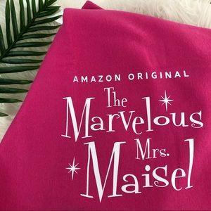 🆕 Marvelous Mrs. Maisel Pink Fleece Blanket 🎀
